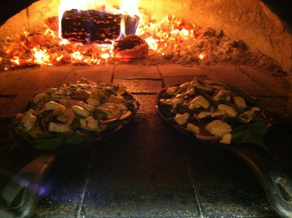 Z`s Wood Fired Pizza